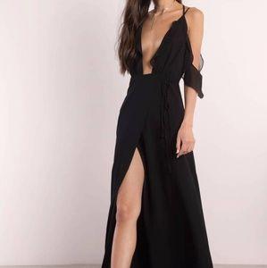 BE SEEN BLACK MAXI DRESS